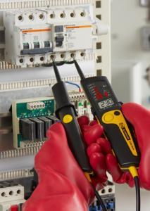 Dvipolis elektros testeris su įtampos iki 690 V atvaizdavimu, fazių sekos nustatymu bei LED ir LCD indikacija
