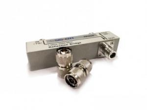 Atspindžio matavimo SSA3000X ir SSA3000X plus serijos spektro analizatoriumi rinkinys Sudėtis: atspindžio matavimo parinktis, tiltelis atspindžio matavimui dažnio ruože nuo 1 MHz iki 2 GHz, N (M) -N (M) adapteriai (2 vnt)