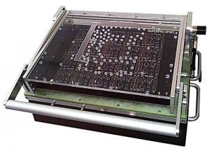 SuperPro XPS01 – gamyklinis spausdinto montažo plokščių programatorius