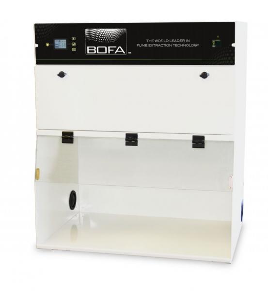 FumeCAB 1000 iQ-D  Dūmų ir dujų mišinio traukos ir filtravimo spinta (pagilinta versija) su integruotu ištraukimu ir filtravimu, bei operacine sistema iQ