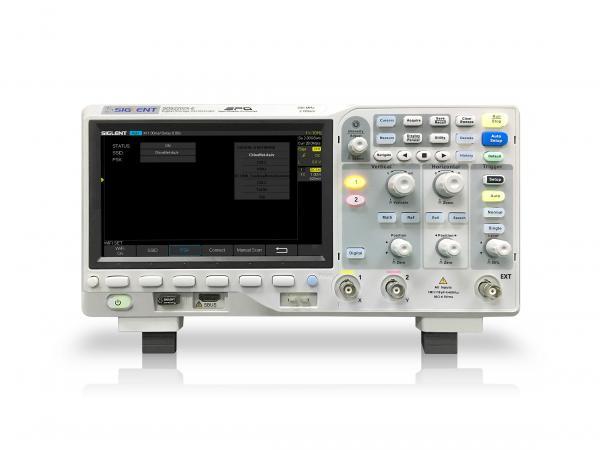 """200MHz, 2-jų kanalų skaitmeninis osciloskopas, 2GS/s, atmintis 28Mtšk., signalo atvaizdavimo ekrane dažnis 400,000kart./s, ekranas 7""""(800x480), SPO technologija, 1 Mtšk. FFT, IIC, SPI, UART, RS232, CAN, LIN"""