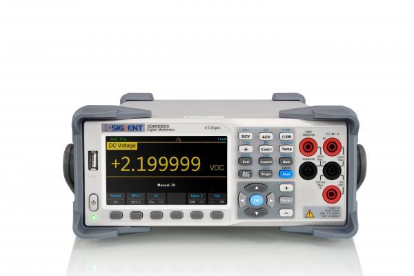 """6,5 skaitmens (iki 2 200 000) skaitmeninis multimetras, 35ppm tikslumas, 4,3"""" (480x272) TFT-LCD ekranas, TRUE RMS AC kintamos įtampos ir srovės matavimas, USB/LAN sąsaja"""