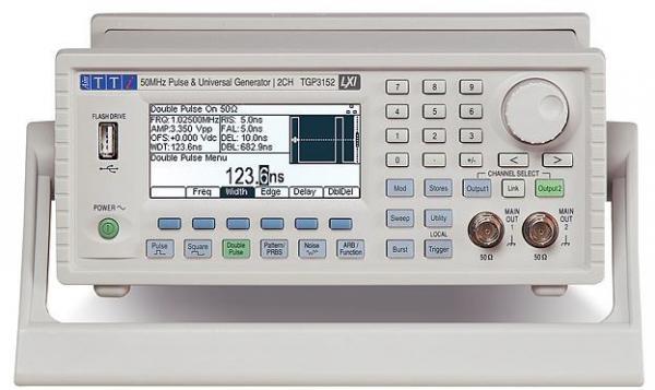 2-jų kanalų, 50MHz, 800MS/s, 16bit laisvos formos ir funkcinių signalų bei impulsų generatorius su vėlinimu, USB, GPIB ir LXI sąsajomis