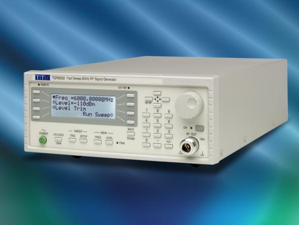 RD signalų nuo 10MHz iki 6GHz generatorius-sintezatorius su tolydžiu dažnio keitikliu (SWEEP), GPIB, RS-232 ir LAN(LXI) sąsajomis